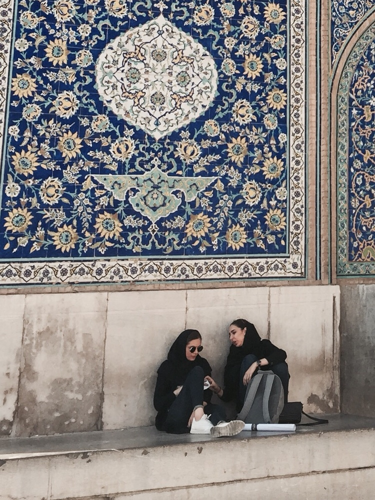 Le voile, les Iraniennes, Michel Houellebecq et moi